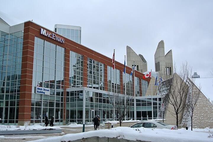 universidad canadiense victima phishing